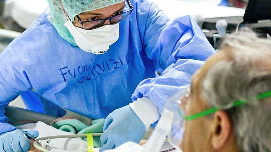20201003_medico_paciente_coronavirus_afp_g