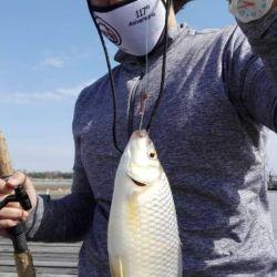Con sudestada y todo, en la pesca la pasión puede más que el mal clima
