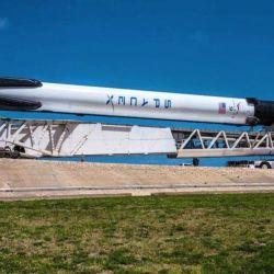 Falcon 9 es un cohete reutilizable de dos etapas diseñado y fabricado por SpaceX.