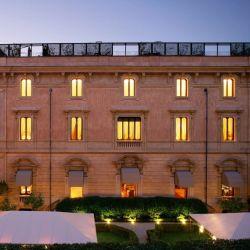 Villa Spavetti Tivelli, en Roma y muy cerca de la Fontana Di Trevi, propone una excursión a una bodega cercana.