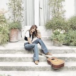 A sus 52 años, la cantante y modelo se reencontró con la música.
