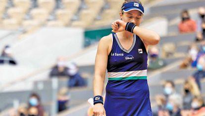 Ejemplo Podoroska. Visibilizó las mayores dificultades que tiene una tenista mujer.