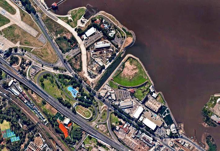 A través de la rezonificación de los 200 mil metros cuadrados del Complejo de Costa Salguero se busca construir torres premium frente al río