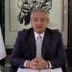 Alberto Fernández en el coloquio de IDEA. | Foto:Cedoc.