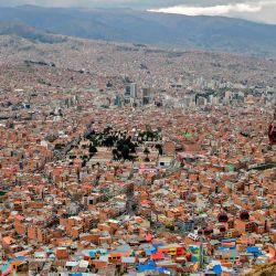 Vista de La Paz desde El Alto, Bolivia. - Las elecciones generales se llevarán a cabo en Bolivia el 18 de octubre, en medio de la nueva pandemia de coronavirus. | Foto:Ronaldo Schemidt / AFP