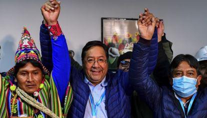 El candidato del Movimiento al Socialismo (MAS) Luis Arce