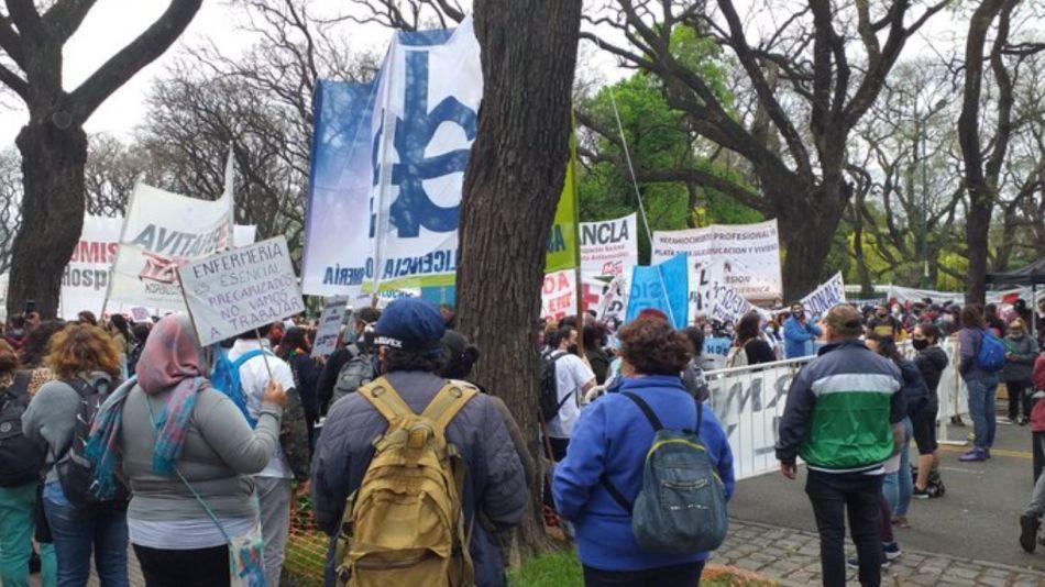enfermeros protesta acampe g_20201021