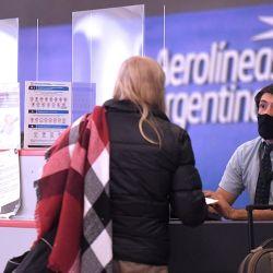 Aerolíneas Argentinas comenzó sus vuelos regulares de cabotaje este jueves 22 de octubre, luego de casi siete meses cumpliendo solamente tramos denominados especiales.