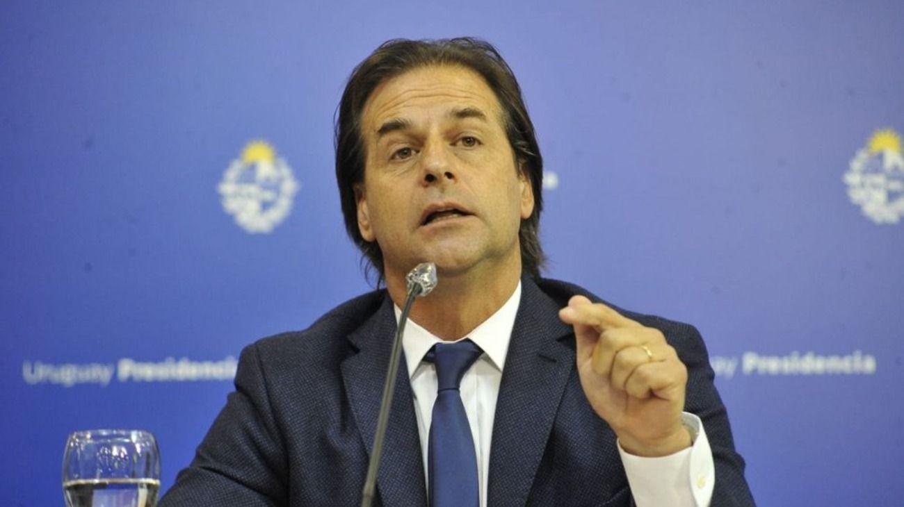 El presidente de Uruguay, Luis Lacalle Pou, en conferencia de prensa.