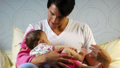 """Crianzas equitativas: más empresas amplían las """"licencias parentales"""""""