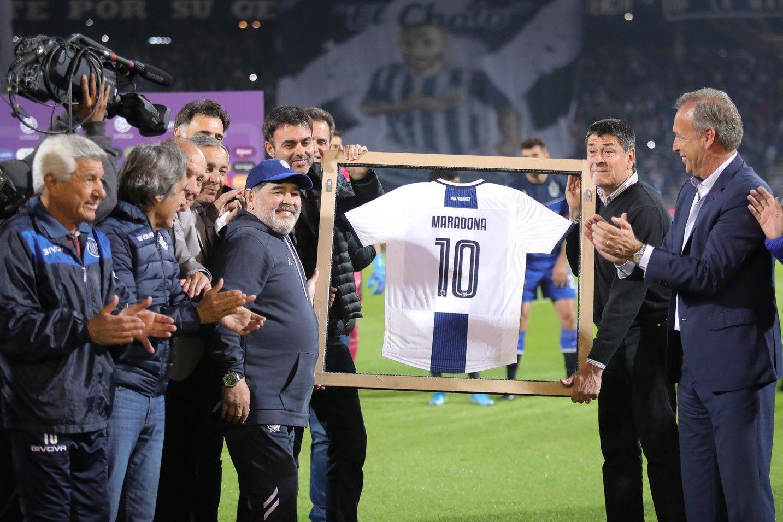 Gran DT. Talleres le hizo un recibimiento a lo grande cuando Gimnasia visitó a Talleres en el Estadio Kempes el 23 de septiembre de 2019.