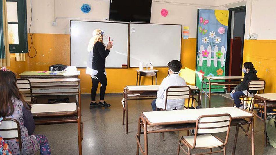 20201024_escuela_protocolo_aula_cedoc_g