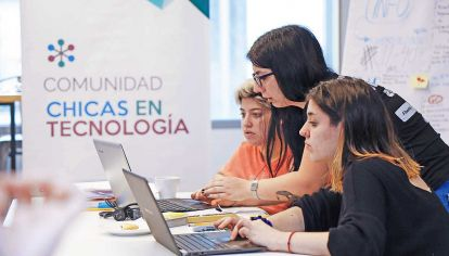 El sector de la tecnología es uno de los que más demanda mano de obra.