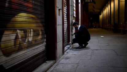 """MADRID. Según Sánchez, las medidas que son necesarias ahora son las que plantea el decreto, porque la situación es """"extrema"""", con una incidencia acumuladade378 casos por cada 100.000 habitantes y másde650 muertos por coronavirus en la última semana."""