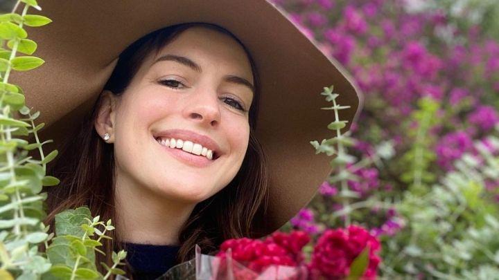 Anne Hathaway reveló el nombre de su segundo hijo tras mantener en secreto su embarazo
