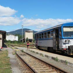 El tren atraviesa la República Checa bordeando el río Elba. Foto: Larissa Loges/dpa