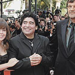 En la Red Carpet, junto a su una de sus hijas, Dalma Maradona. // Cedoc Perfil