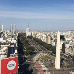 La ciudad de Buenos Aires vuelve a convertirse en la puerta de ingreso para los turistas, en este caso de países limítrofes.