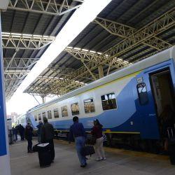 El tren que une la ciudad de Buenos Aires con Mar del Plata volvió a funcionar en una prueba piloto.