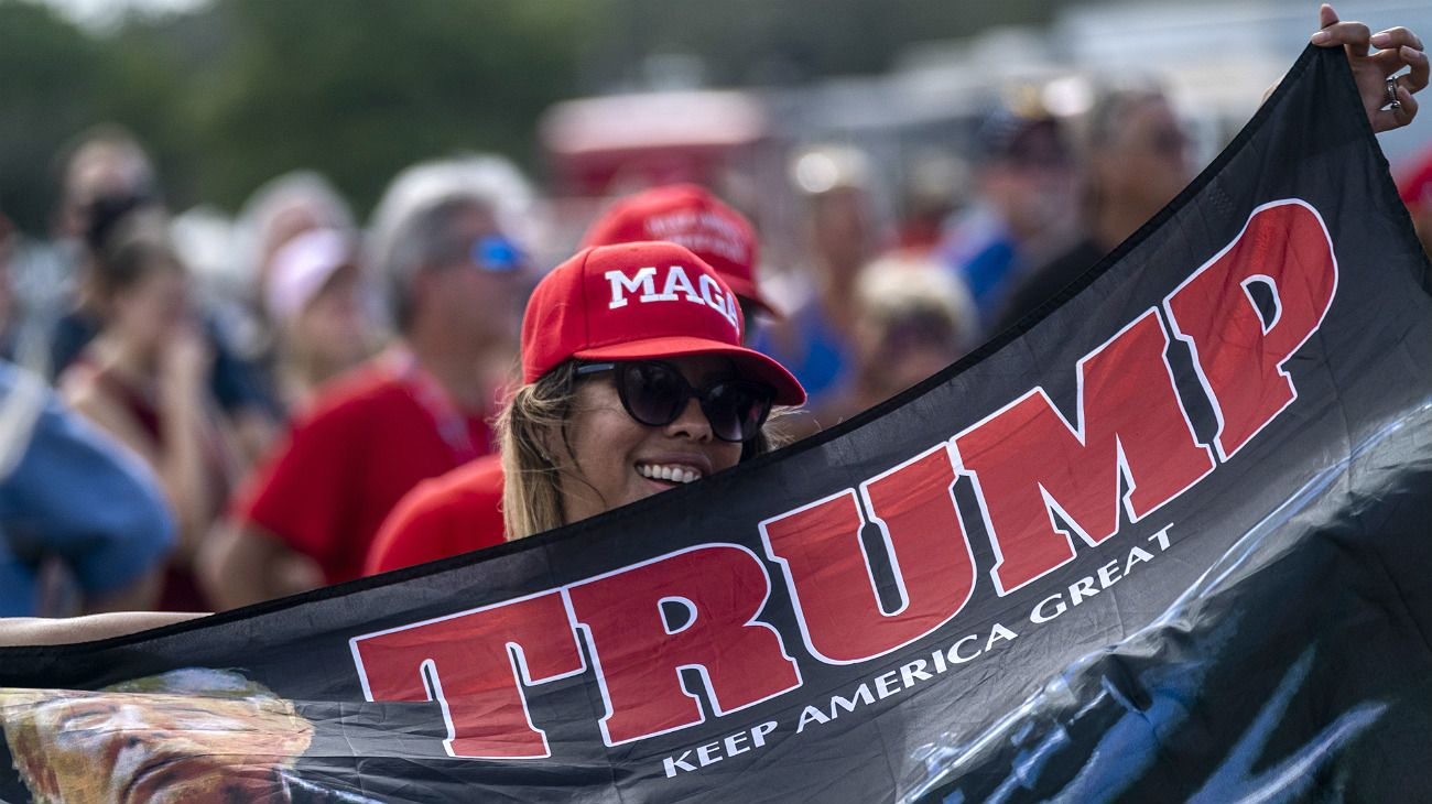 Donald Trump busca movilizar a su base electoral y suprimir el conteo de votos por correo en algunos estados. Si hay paridad, el escrutinio podría judicializarse.