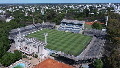 Tras 7 meses sin fútbol, hoy empieza la Copa de la Liga Profesional. El primer partido será en el estadio de Gimnasia y Esgrima La Plata.