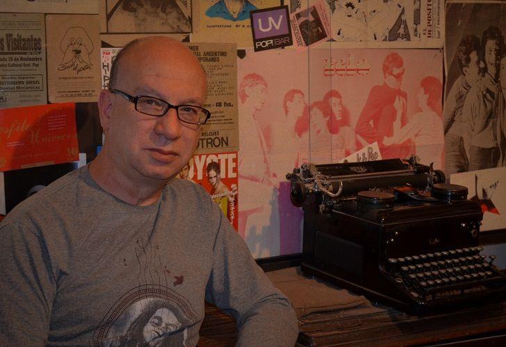 DIRTY ORTIZ. El escritor y periodista fue también letrista de la banda de rock cordobesa, un ícono de la década de 1980.