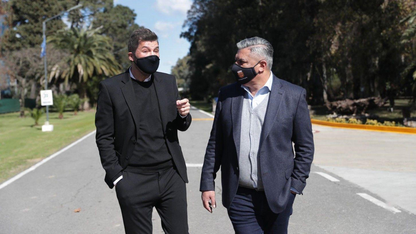 Marcelo Tinelli dialoga con Claudio Tapia. Cortocircuitos entre la Liga Profesional y River. // NA