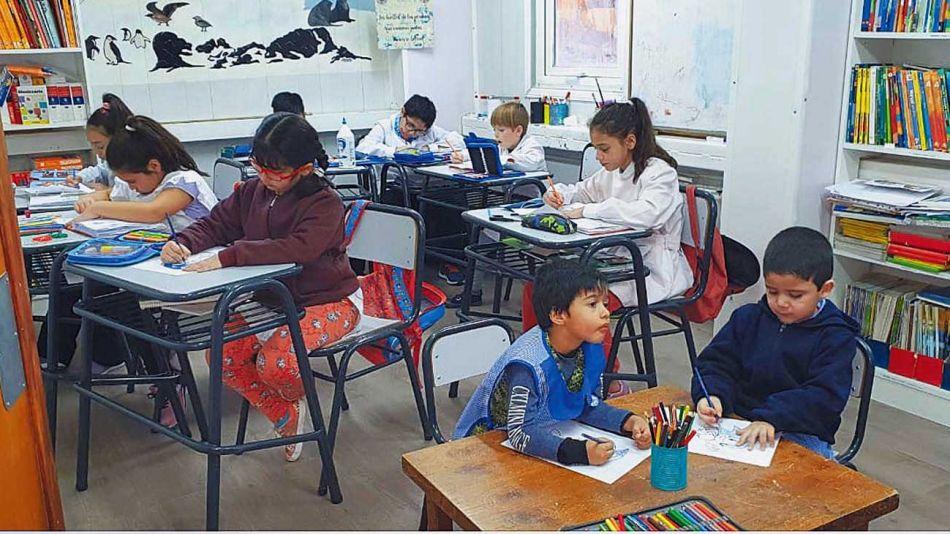 20201101_colegio_alumno_gzabaseantarticaesperanza_g