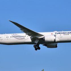 La aerolínea de bandera turca volvió a unir los aeropuertos de Estambul y Ezeiza desde esta semana.