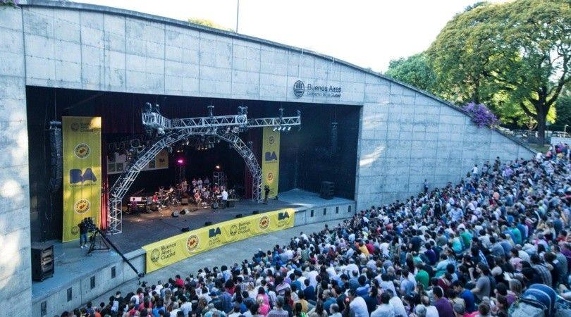 Recital en anfiteatro Parque Centenario
