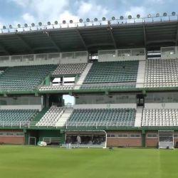 El club fue fundado el 21 de enero de 1896. Así se ve hoy la cancha de Banfield desde un dron.