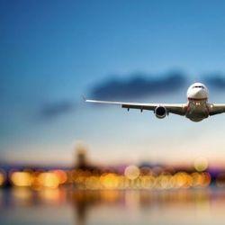En su histórica locura estuvo acompañado por otro gran apasionado de los vuelos: el ingeniero Jorge Alejandro Newbery.