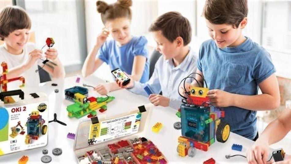 Chicos_aprenden_robotica