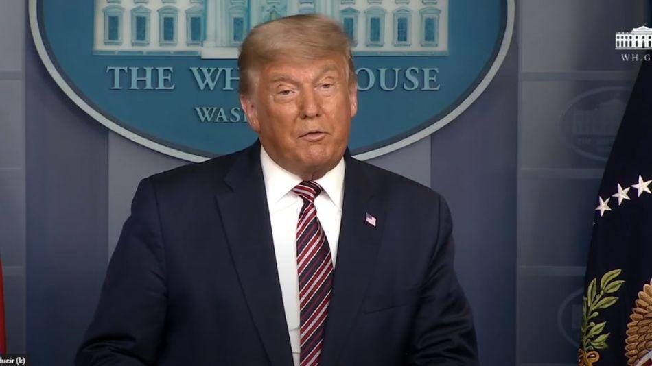 Donald Trump, hablando en la Casa Blanca.