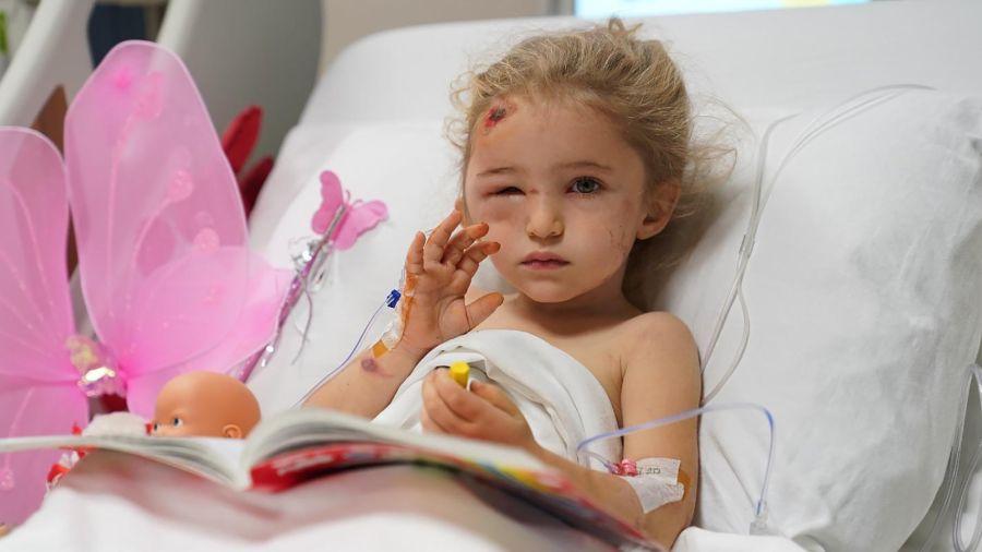 Elif, la niña milagro del terremoto de Esmirna