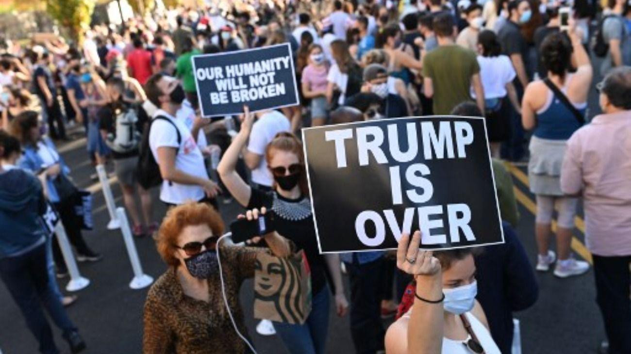Alegría, baile yalivio: así festejóEstados Unidos el triunfo de Biden y la salida de Trump