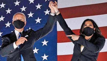 Marea azul. Joseph Biden y Kamala Harris asumirán la presidencia y vicepresidencia el 20 de enero de 2021.