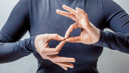 Lenguaje. La audición disminuida no afecta la comunicación. Un lector con razones.