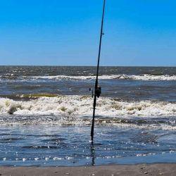 Después de ocho meses son actividad, volvieron los concursos de pesca en el mar.