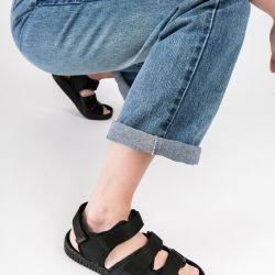 Chanclas: el calzado que volvió para quedarse