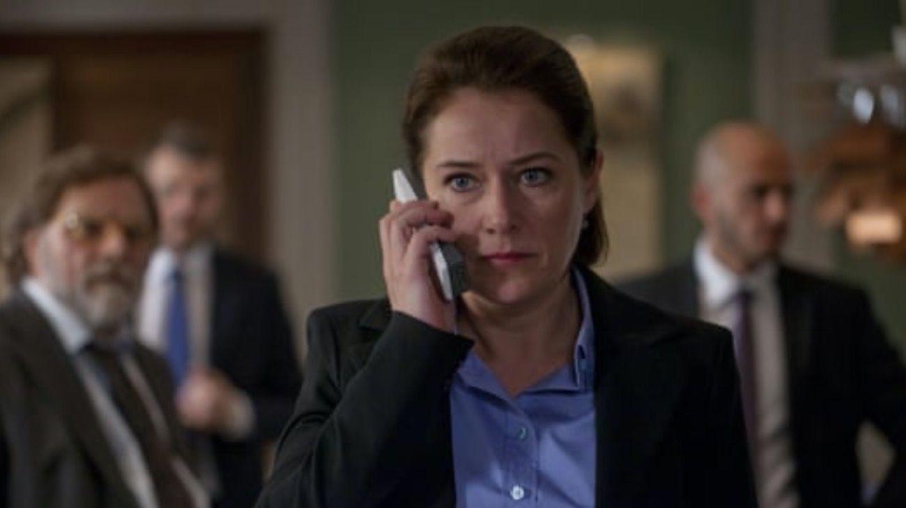 """Sidse Babett Knudsen,la magnética y estratega primera ministra danesa de la serie """"Borgen""""."""