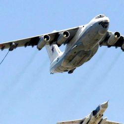 Las imágenes del video recopilan una serie de maniobras que involucran aviones cisternas rusos Il-78.