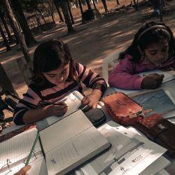 La Asociación Civil Monte Adentro trabaja para evitar la deserción escolar en esta zona de difícil acceso.