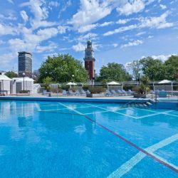 La piscina al aire libre del Sheraton Buenos Aires se habilitará a partir de los primeros días de diciembre.