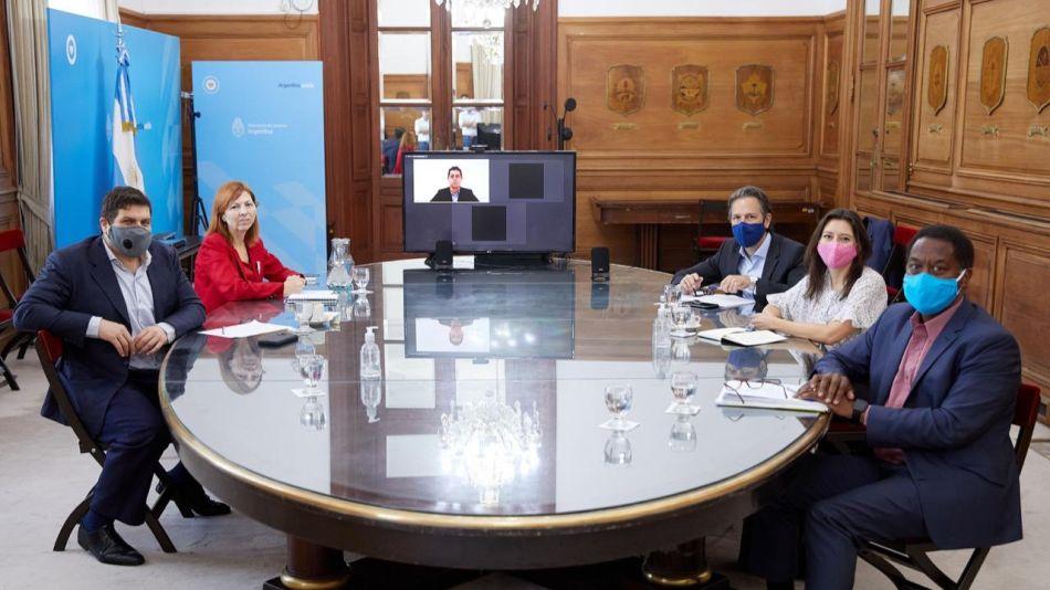 Wado de Pedro mantuvo un encuentro Julie Kozack, Luis Cubeddu y Trevor Aleyne, del FMI. E