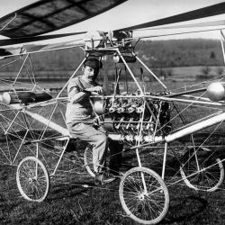 La proeza de Cornu marcó un hito en la historia de la aviación mundial. AL