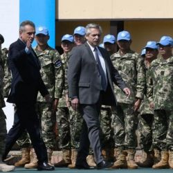 Alberto Fernández y Agustín Rossi con las Fuerzas Armadas