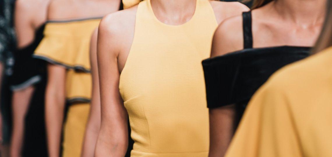 8 prendas que confirman que el amarillo es el color del verano