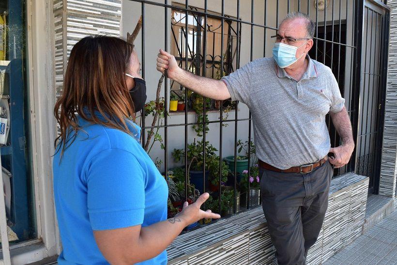 CANDIDATO. Gabriel Abrile pidió licencia en su trabajo en el hospital local para enfocarse de lleno en la campaña electoral.