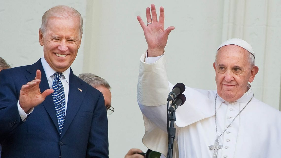 Pope Francis and Joe Biden a few years ago.